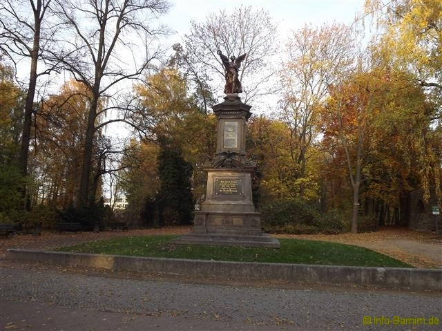 bernau_kriegerdenkmal_2015