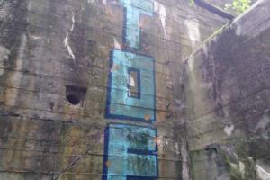Wanderung Nähe Lanke / Lobetal: Bemalte Ruine vom Lager Koralle