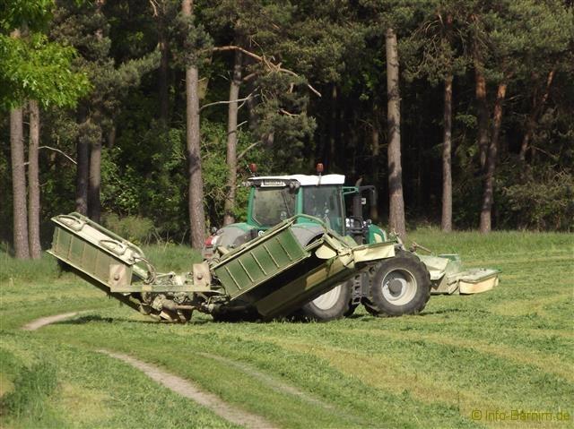 Traktor im Barnim #01